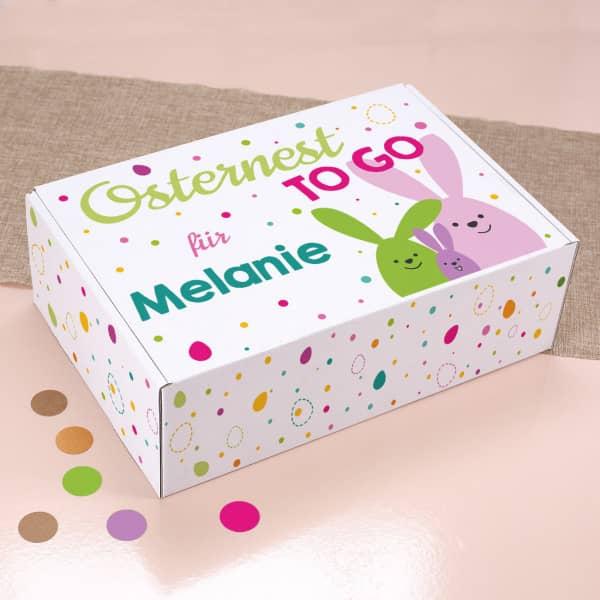 Osternest to go bunte Geschenkbox mit Holzwolle und Name