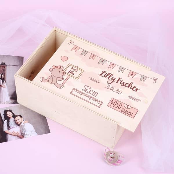 - Erinnerungsbox aus Holz zur Geburt für Mädchen - Onlineshop Geschenke online.de