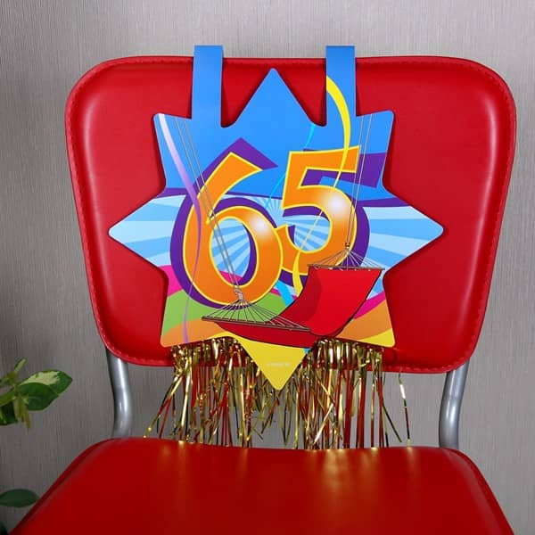 Stuhdekoration speziell zum 65. Geburtstag