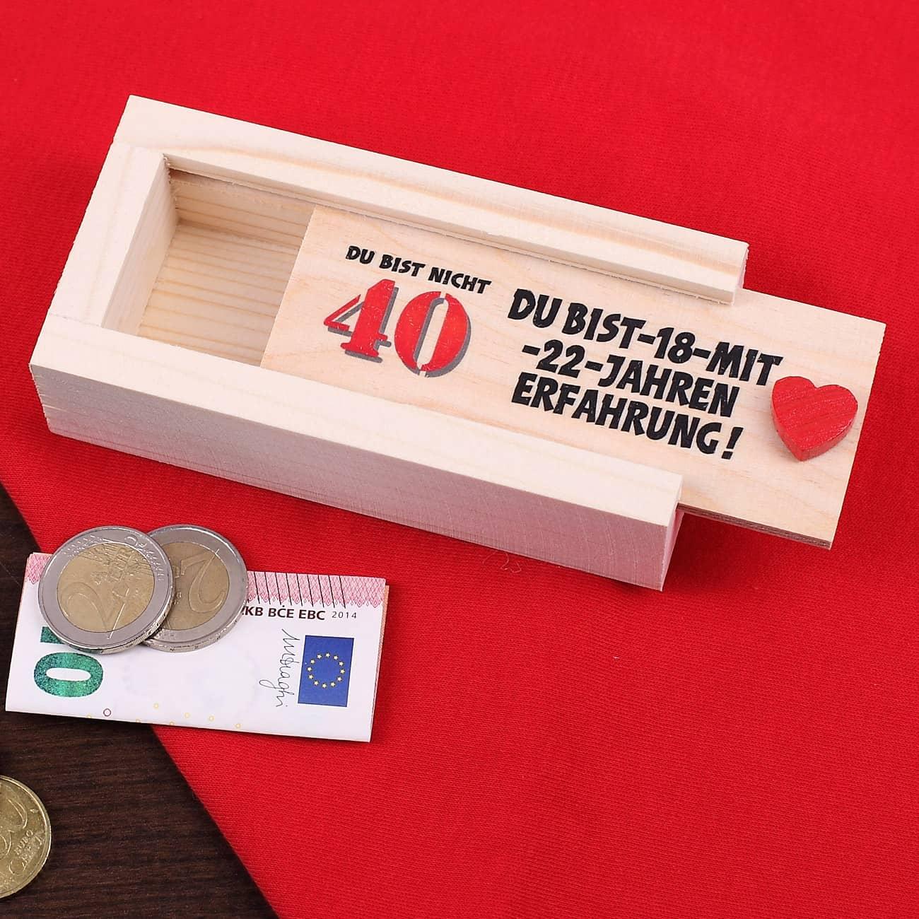geldgeschenk zum 40 geburtstag in holzkiste geschenke. Black Bedroom Furniture Sets. Home Design Ideas