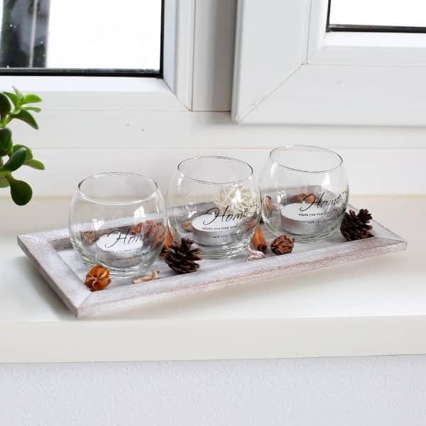 Holzteller mit 3 Glas Teelichthaltern