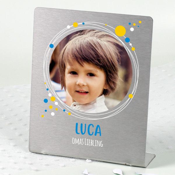 Kinder-Fotoaufsteller mit Punkten, Ihrem Bild und Wunschtext 14x17 cm