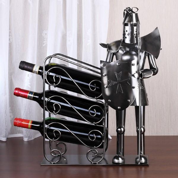 Ritter als Flaschenhalter für 3 Flaschen