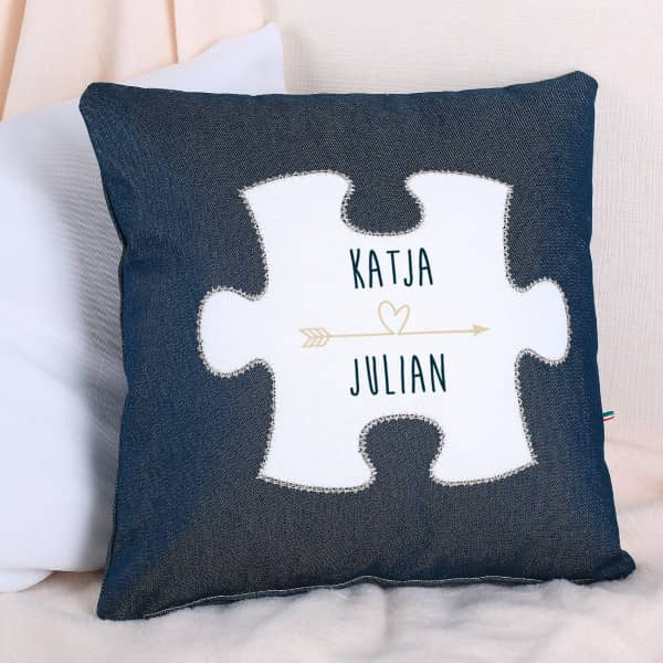 Jeanskissen Puzzle mit Namen des Paares