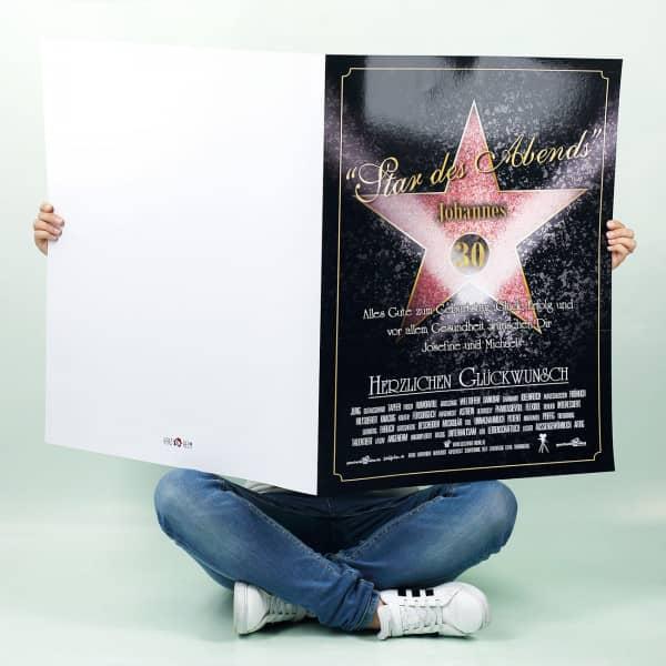 große Klappkarte zum Geburtstag mit Walk of Fame für den Star des Abends mit Name Alter und Wunschtext bedruckt