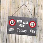 Schiefertafel mit Verkehrszeichen zum Geburtstag