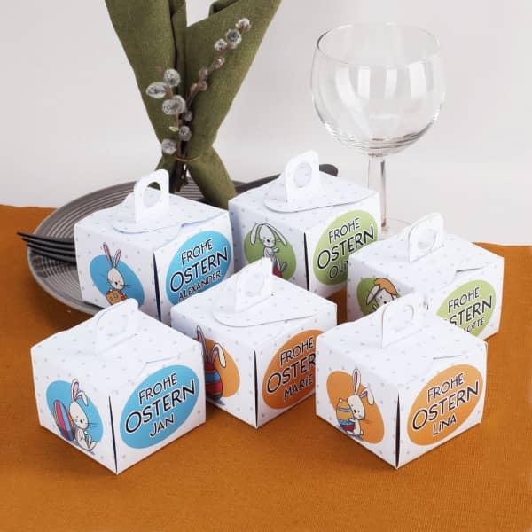 6 Pappschachteln für kleine Ostergeschenke in bunten Farben