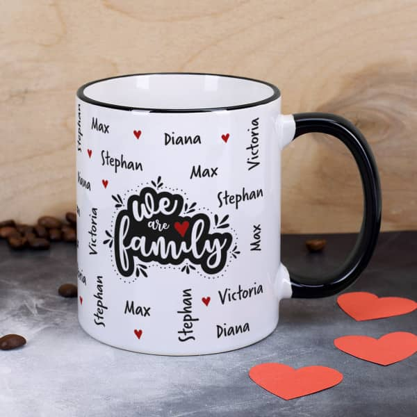 We are family - Tasse mit vier Namen