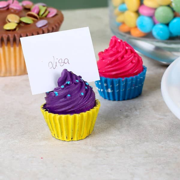 2 Tischkartenhalter in Cupcake - Form Lila/Rot