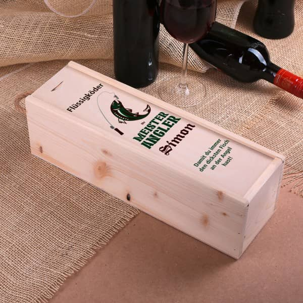 Holz Flaschenverpackung bedruckt mit Name, Wunschtext und Angler Motiv