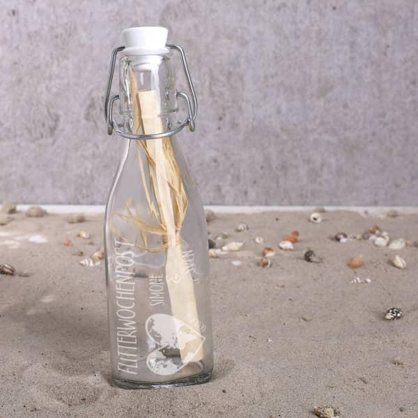 Flaschpost zur Hochzeit mit Gravur