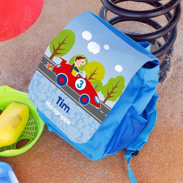 Individuellbabykind - Kinderrucksack mit Rennauto, Name und Name der Kita Gruppe - Onlineshop Geschenke online.de