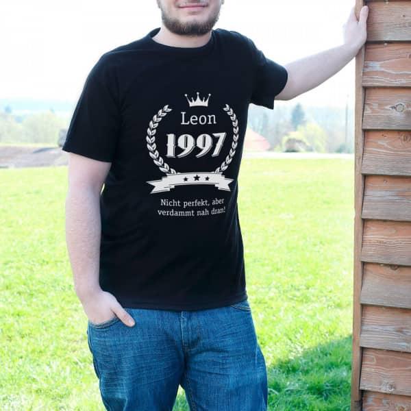 Herren T Shirt zum Geburtstag mit Name, Jahreszahl und Glückwunschtext