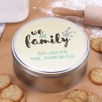 We are family - Geschenkdose mit zwei Zeilen Wunschtext