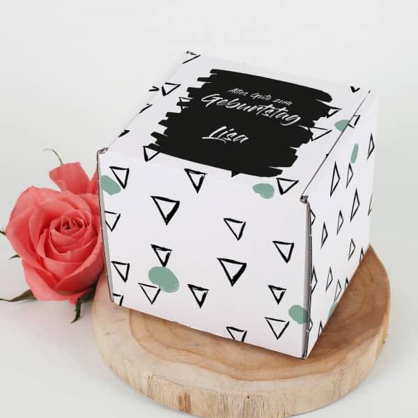 Kleine Geschenkbox mit Wunschnamen