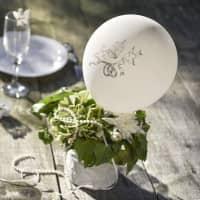 8 weiße Luftballons zur Hochzeit mit Taubenmotiv