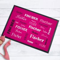 Pinkfarbene Fußmatte mit Ihrem Namen in verschiedenen Schriftarten