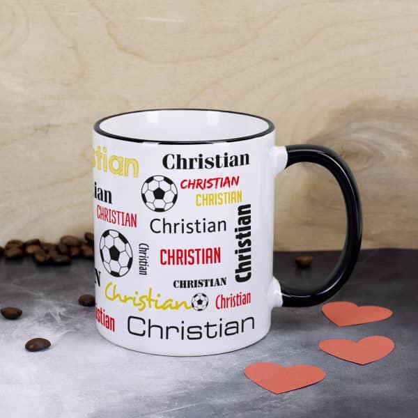 Fußballtasse mit Ihrem Namen in verschiedenen Schriftarten