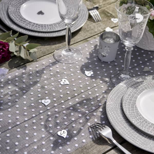 Deko Tischläufer mit Pünktchen in Weiß