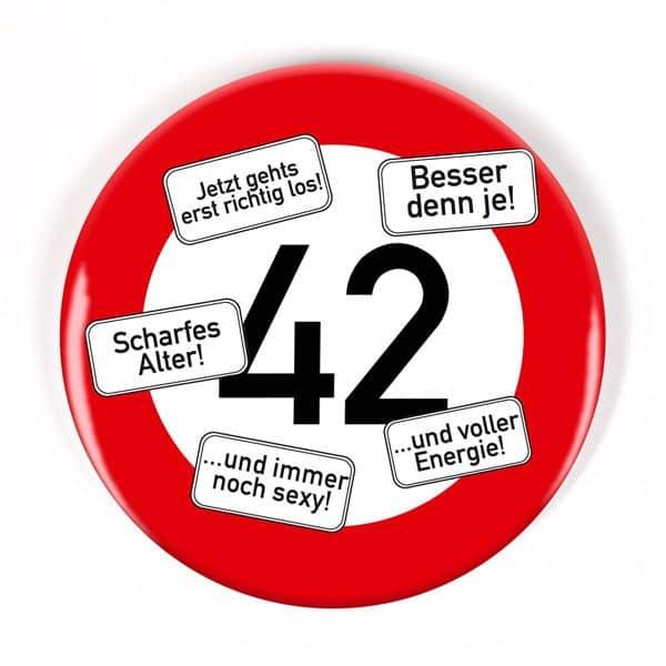 XXL Button Verkehrsschild 42