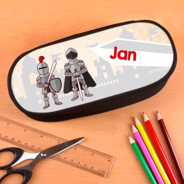 personalisierte Stiftebox mit Rittermotiv