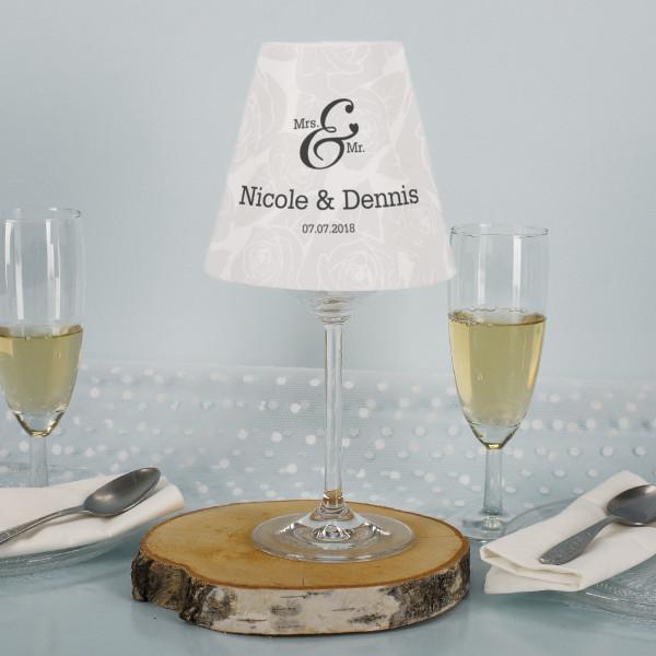 Lampenschirm mit Weinglas zur Hochzeit dezentes Mrs. und Mr. Rosen Motiv