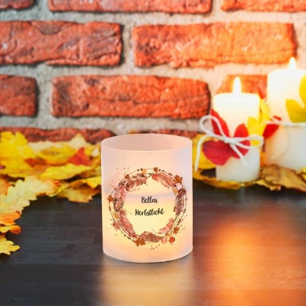 LED-Kerze mit Herbstmotiv und Wunschtext