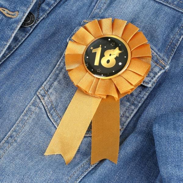 Rosette in gold zum 18. Geburtstag