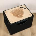 hochwertiger Bierkastendeckel aus Holz mit Wappen und persönlicher Gravur