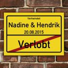 PVC-Schild zur Hochzeit mit Namen und Datum