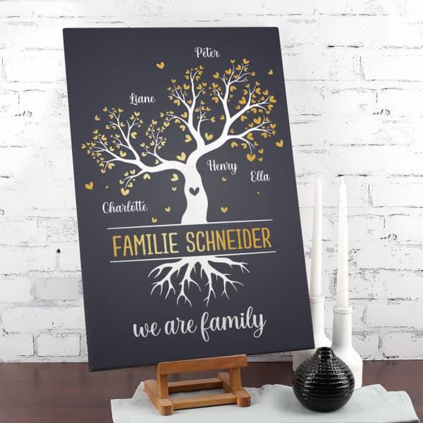 We are family - Leinwand mit Familienbaum und Ihren Namen