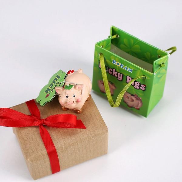 glücksschwein mit Fliegenpilz in Geschenktüte