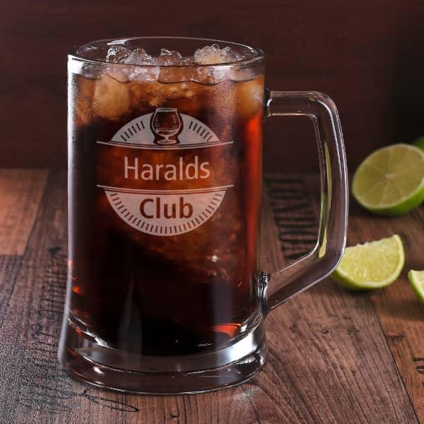 Rumkrug graviert mit Clubmotiv und Ihrem Namen