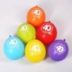 8 Luftballons zum 40. Geburtstag mit Punkten - bunt gemischt