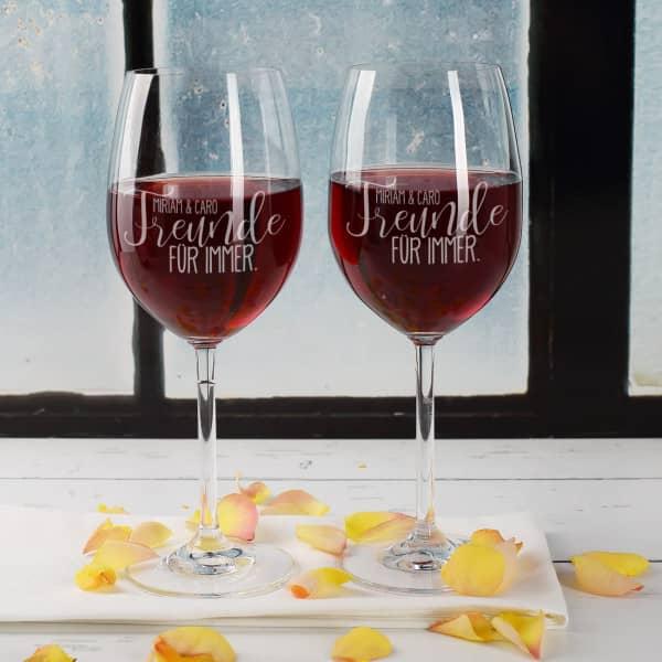 2 Weingläser Freunde für immer mit Ihren Wunschnamen