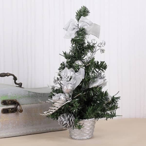 Mini Weihnachtsbaum in Silber mit Deko