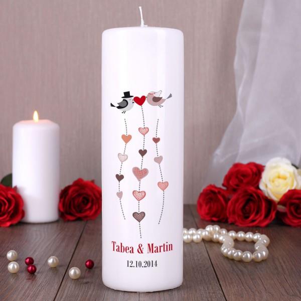 Hochzeitskerze mit Lovebirds und den Namen des Paares