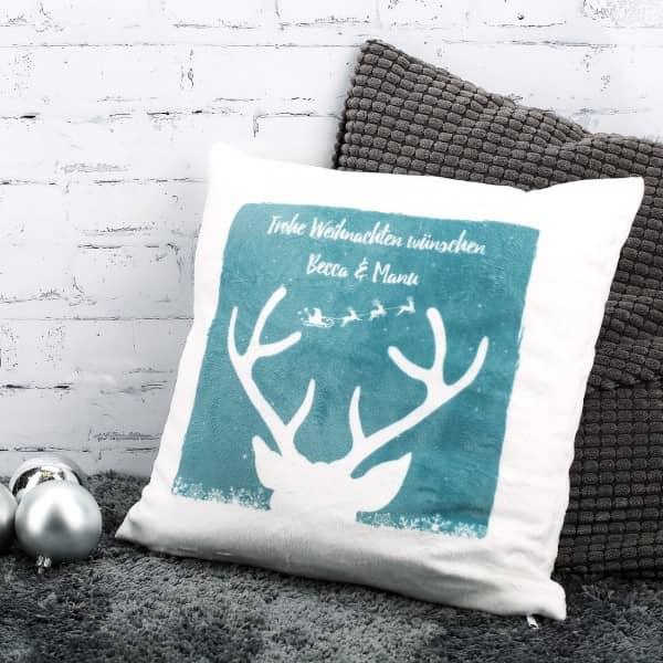 Kuschelkissen mit Hirschkopf und Ihrem Wunschtext zur Weihnachtszeit