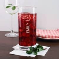 Persönliches Trinkglas mit Hibiskusblüte