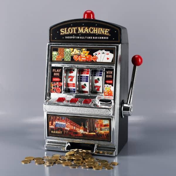 XXL Spielautomat als Spardose