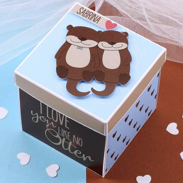 "Überraschungsbox ""I love you like no Otter"" mit Ihrem Wunschnamen"
